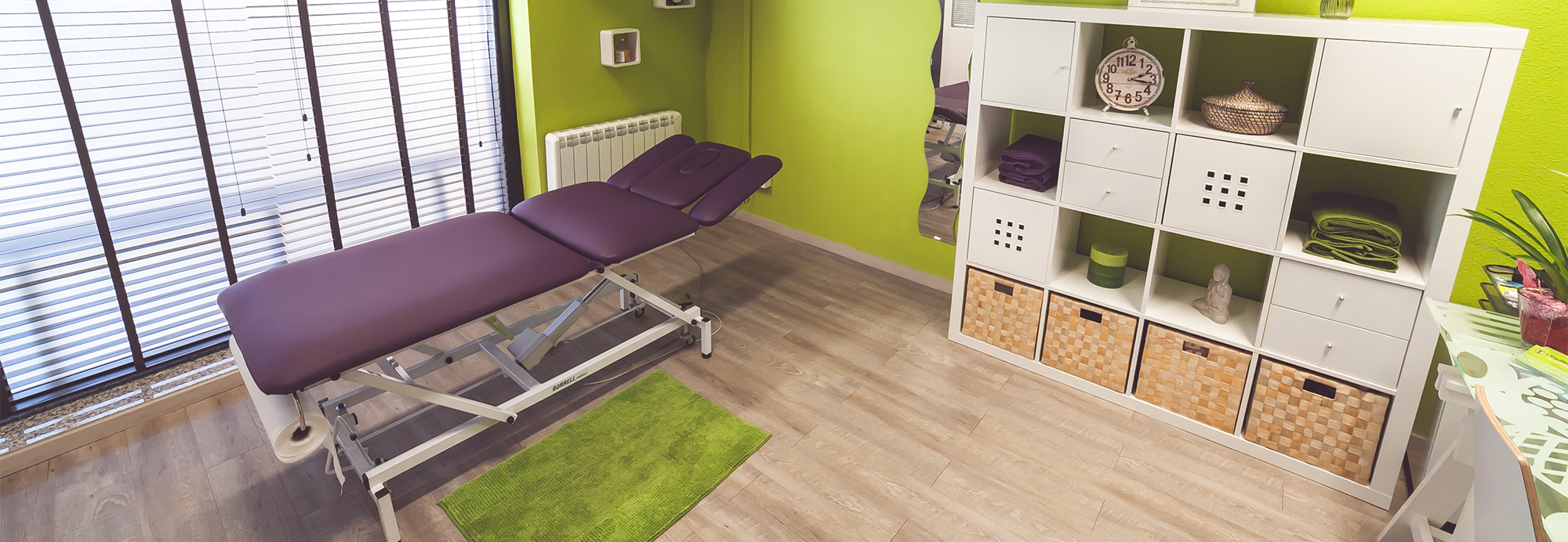 Sala con camilla de Fisioterapia